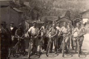 Mezzo di trasporto dell'epoca per recarsi sul cantiere